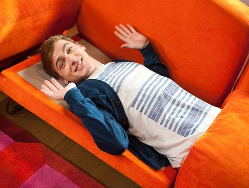 Take a Load off|Kendall relaxes on the set of the new Big Time Rush episode, 'Big Time Decision'!