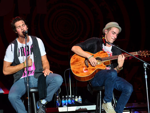 Song From the Heart|James sang a heartfelt song for his fans while Kendall jammed out on the guitar.