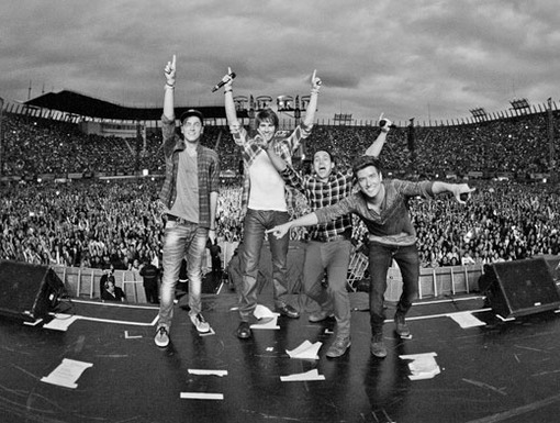 Going Big Time|It's official. This is one of BTR's biggest concert crowds yet!