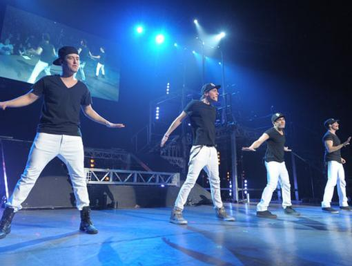 Double Dancing|With two views of the BTR boys, everyone in the crowd is actually thrilled to be seeing double!