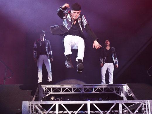Leaping Logan