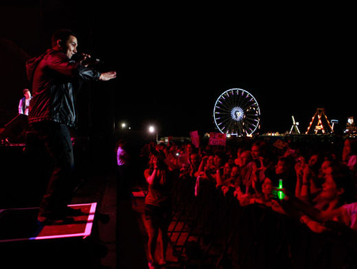 Feel the Rush Sure, ferris wheels and rollercoasters are fun and all. But nothing gives us a Rush like the boys of BTR!