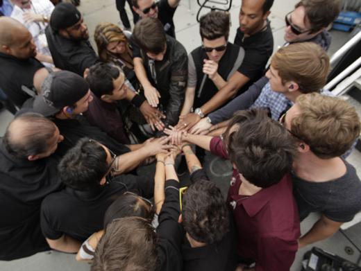 Huddle Up!