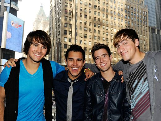 It is plain to see that the BTR boys are best friends onstage, on TV and in the real world.