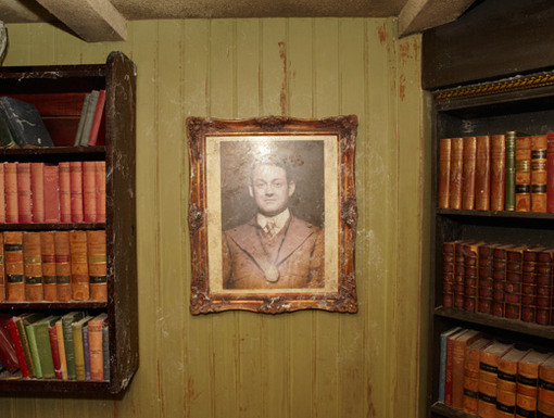 Wonder Wall|Here hangs a dusty portrait of Mr. Frobisher-Smythe. Are his eyes following our every move, or is it just us?