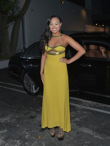 The Birthday Girl Has Arrived!|Cymphonique looked totally flawless while making her grand appearance at her super sweet birthday bash!