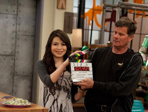 And...ACTION!|Even seasoned actresses like Miranda Cosgrove make bloopers on set every now and then. The fun part is snapping the clapperboard afterwards for a take 2!