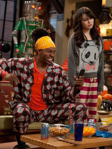Pajama Power|T-Bo may have banned Carly, but it looks like they're having a slumber party anyway.