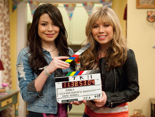 Take Two!|Jennette and Miranda are ready to take action on the set of this iPsycho sequel.