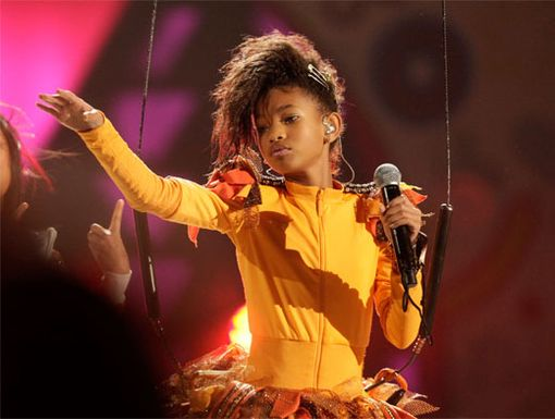 Winged Willow|Maybe she didn't have wings, but Willow Smith did fly high over the KCA audience when she kicked off her high-soaring performance!