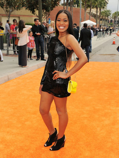 Classy Keke|Keke Palmer knows just how to rock the little black dress look. It looks TRUE-ly glamorous!