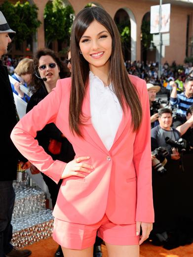 KCA 2012: Victoria Justice is Pretty In Pink!