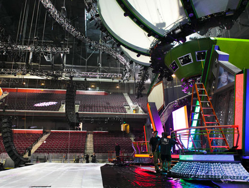 Greatest Show On Earth|You can't have a spectacular show without a killer stage. This year's KCA performers will be rocking the mic live from sunny Los Angeles.