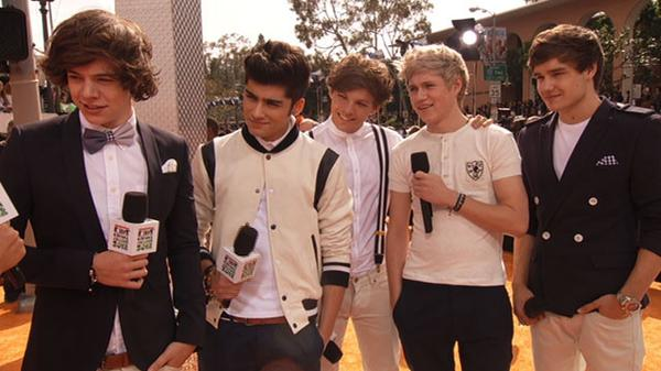 KCA 2012: One Direction and A Thousand Fans