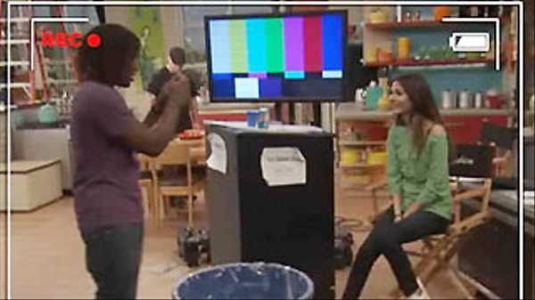 "The Big Help & Victoria Justice: ""Recycling"""