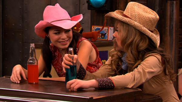 "iCarly: ""iPity the Nevel: Cowboys & Vampires"""