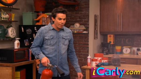 """iCarly: """"Thanksgiving with Spencer"""""""