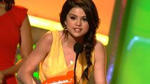 Kids' Choice Awards: Kids Choice Awards 2010: Selena Gomez Wins Video Clip | Nick Videos