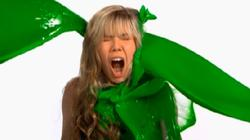 Jennette McCurdy Slow-Mo Sliming!