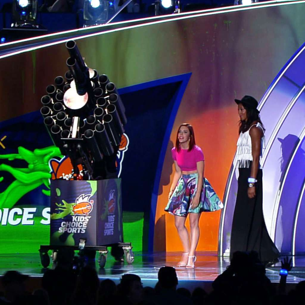 """Kids' Choice Sports 2015: """"Dance and T-Shirt Party!"""""""