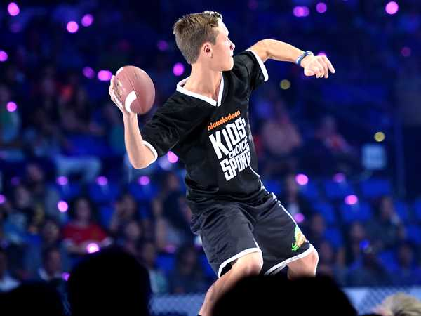 """Kids' Choice Sports 2016: """"The Perfect Pass with Cam Newton"""""""