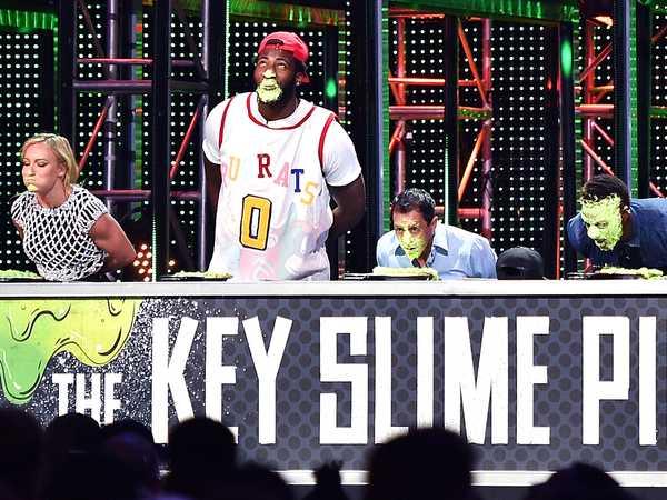 "Kids' Choice Sports 2016: ""The Key Slime Pie Challenge"""