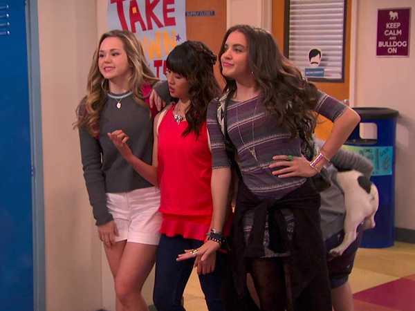 """Bella and the Bulldogs: """"Newt's Secret"""""""