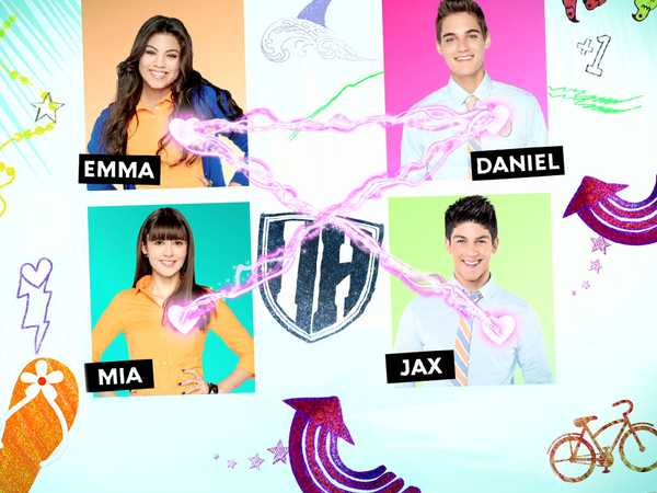 "Every Witch Way: ""The Love Quadrangle"""