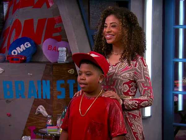"Game Shakers: ""Trip's Mom"""