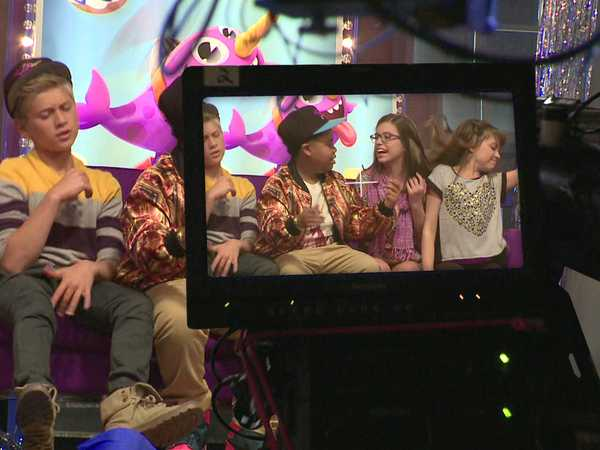 "Game Shakers: ""Behind the Scenes"""