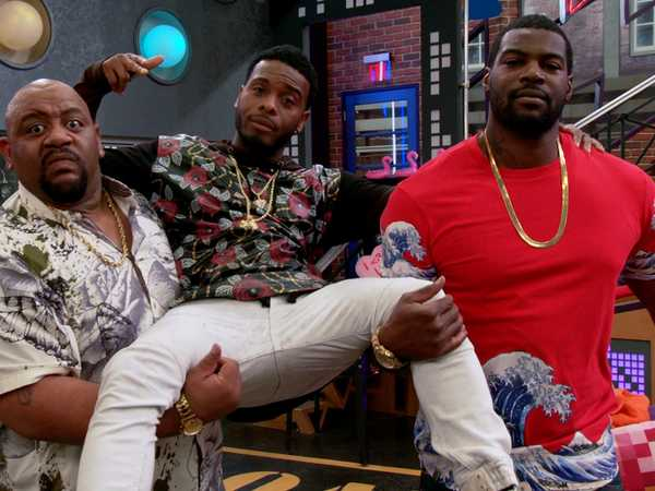 "Game Shakers: ""How to Make an Entrance"""