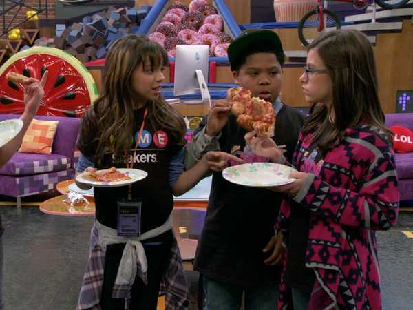 "Game Shakers: ""Who Brought the Pizza?"""