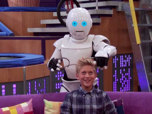 "Game Shakers: ""A Robot's Obsession"""