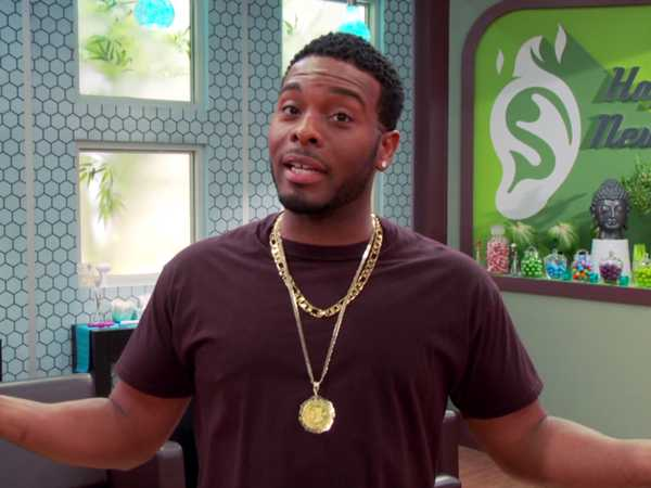 "Game Shakers: ""What's That Noise?"""