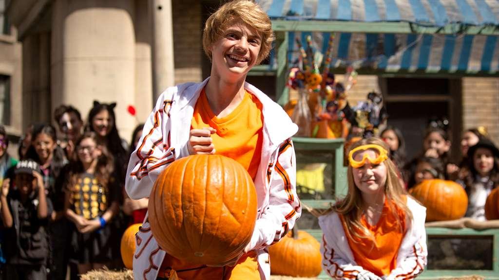 Ultimate Halloween Costume Party Pumpkin Chucking