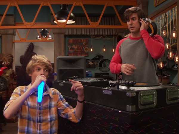 "Henry Danger: ""Musical Mind Warp"""