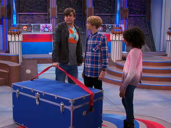 "Henry Danger: ""Captain Man's Suitcase"""