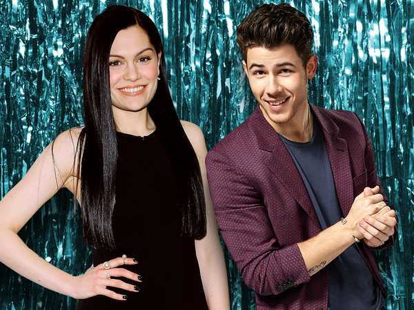 "Kids' Choice Awards 2015: ""Nick Jonas Surprises Jessie J!"""
