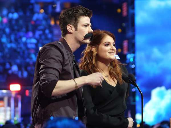 Kids' Choice Awards 2016: Meghan Trainor, Grant Gustin & The Stache