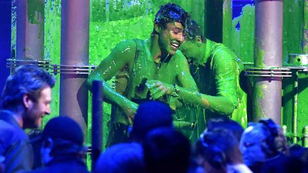 Kids' Choice Awards 2016: Cameron Dallas Gets Slimed!