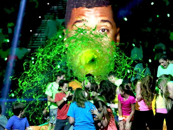 "Kids' Choice Sports 2015: ""Drop Shot Sliming"""