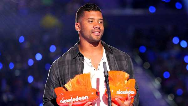 "Kids' Choice Sports 2015: ""Russell Wilson Wins King of Swag and Best Cannon!"""