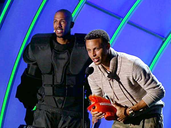 "Kids' Choice Sports 2015: ""Stephen Curry Wins Clutch Player of the Year!"""