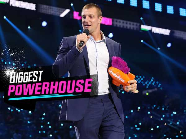 "Kids' Choice Sports 2016: ""Rob Gronkowski Wins the Biggest Powerhouse Award"""