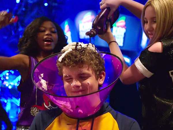 "Kids' Choice Sports 2016: ""Ice Cream Sundae Party"""