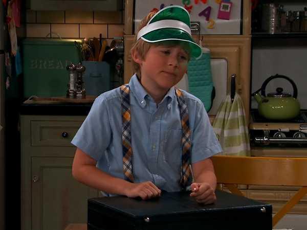 "Nicky, Ricky, Dicky, and Dawn: ""Duck Sock Boy"""
