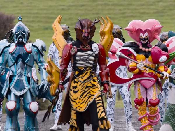 "Power Rangers Dino Charge: ""Break Out: Protect the Prince"""