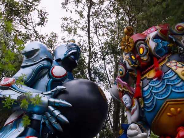 "Power Rangers Dino Charge: ""Sync or Swim: Stinky Bomb"""