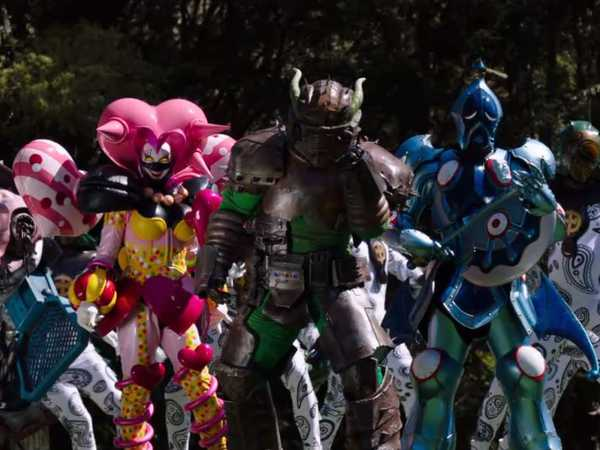 "Power Rangers Dino Charge: ""One Hour"""