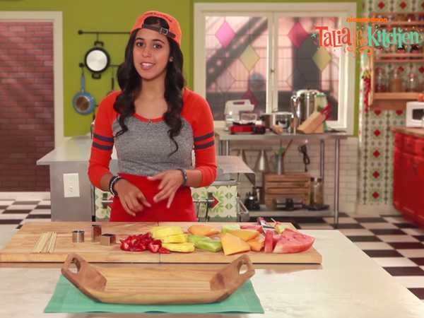 "Talia in the Kitchen: ""Fruit Cut Outs"""